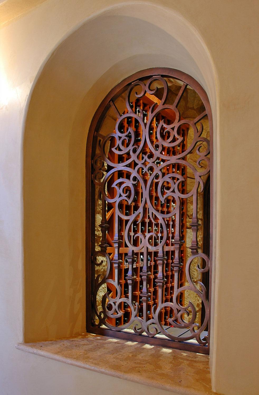 حفاظ پنجره با رنگ کوره ای